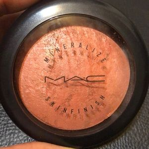 MAC 'Stereo Rose' Mineralize Skinfinish